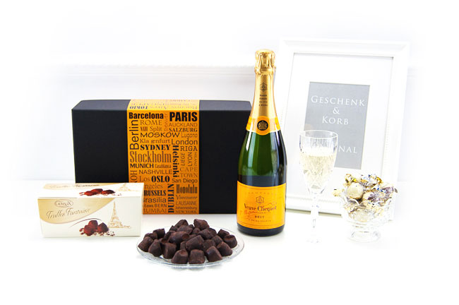 VEUVE CHAMPAGNE & CHOCOLATE TRUFFLES