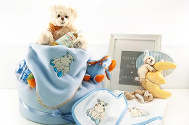 Baby Gifts Europe DIAPER CAKE BLUE for LITTLE BOYS