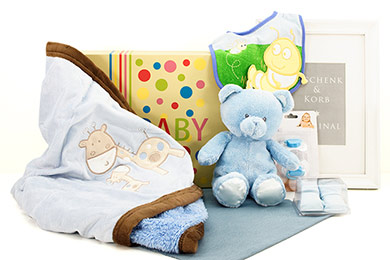 Baby Gift BABY BOY CUDDLE GIFT for delivery in Europe