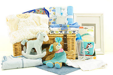 Baby Gifts Europe LITTLE DARLING GIFT BASKET FOR BABYS