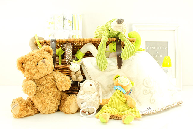 CUTE SWEETHEART GIFT BASKET FOR BABYS