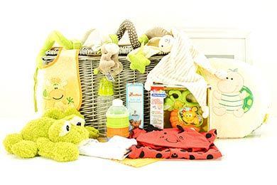 Baby Gifts Europe LITTLE FROGGY BABY GIFT BASKET