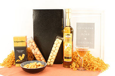 APRICOT HEAVEN GIFT BASKET for Europe