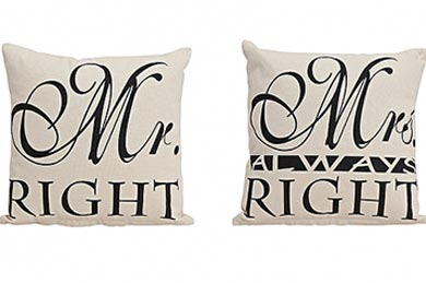 Gifts for Europe Mr. & Mrs. PILLOW GIFT SET