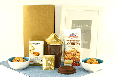 Gift Hampers TEA & COOKIES for Europe
