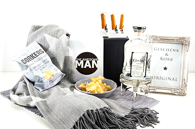 THE AWESOME MAN Gift Basket Europe delivery