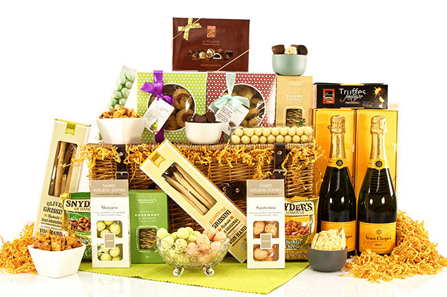 VEUVE VIP GIFT BASKET | Luxury Gift