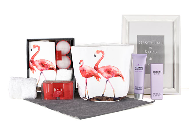 WELLNESS GIFT BOX FLAMINGO
