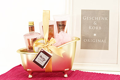 Gift Basket PEONY BLOOM Spa Gifts for delivery in Europe