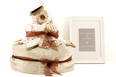 Baby NEUTRAL DIAPER CAKE Gfits for Europe